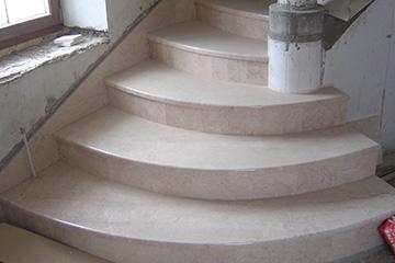 производство каменных лестниц